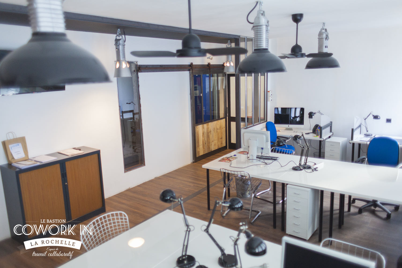 Coworking la rochelle espace de travail collaboratif for Espace de travail collaboratif